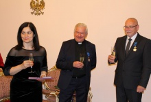 Węgrzy uhonorowani polskimi odznaczeniami